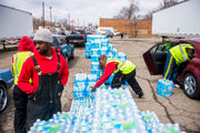 United Way starting limited bottled water distribution in Flint