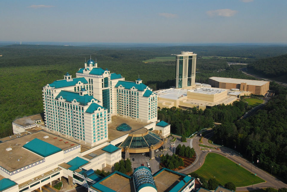 With MGM Springfield open, Connecticut slot revenues down 10 percent in October