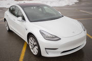 Tesla 3 owner in Michigan is enthusiastic despite inconveniences