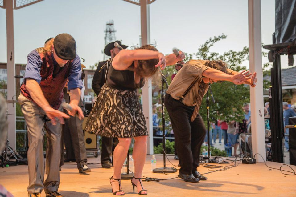Louis Prima Jr. rocks the Covington rails; evokes sense of community
