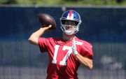 Giants rookie QB Kyle Lauletta: 'Nothing overwhelming to me' | Is he competing with Davis Webb?