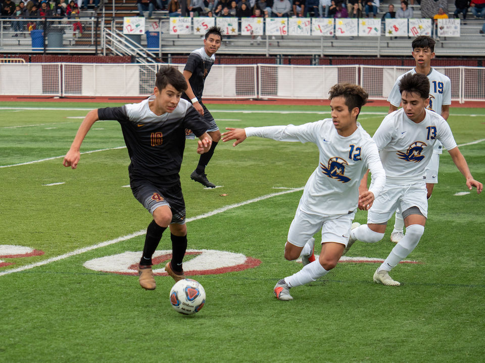 Soccer Playoffs Forest Grove Boys Continue Storybook Season Top Two 5A Girls Seeds Fall Semifinals Set In All Classes