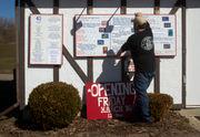 Signs of spring: Cascades Ice Cream Co. now open for the season