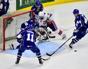 Syracuse Crunch wins wild game against Rochester to take control of playoff series