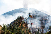 Deadly fire shuts down key route to Yosemite National Park