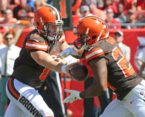 photos from the Browns-Buccaneers game