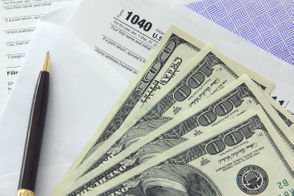 Michigan taxpayers reported an average income of $61,618 on their 2016 federal tax returns, according to recently released IRS data. That's based on 4.7 million individual returns in 2016, which reported a total of $291 billion in income. The average income is up 3.2 percent from 2015 tax returns, the data shows. This post provides online databases that allow readers to look up the IRS data by ZIP Code, and also offers some fast facts on county and statewide numbers. A few caveats about the IRS data: It's based on a sampling, so there is a margin of error. The databases and interactive maps are based on average income versus median income. Income averages can be skewed upwards by high-income households. Average incomes can be skewed downward by teenagers and college students with low incomes but are part of a middle-class or affluent household. Here are 11 changes under tax reform that could impact your 2018 tax return