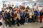 Tony Bennett visits Port Richmond High School students