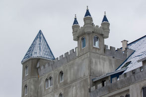Grand Castle apartments open for tenants