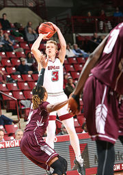 UMass men's basketball suffers third straight loss, falls 85-67 to Fordham