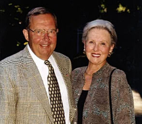 Daniel Smith, 84, the former president of what began as First National Bank of Kalamazoo, died Saturday, Nov. 10.