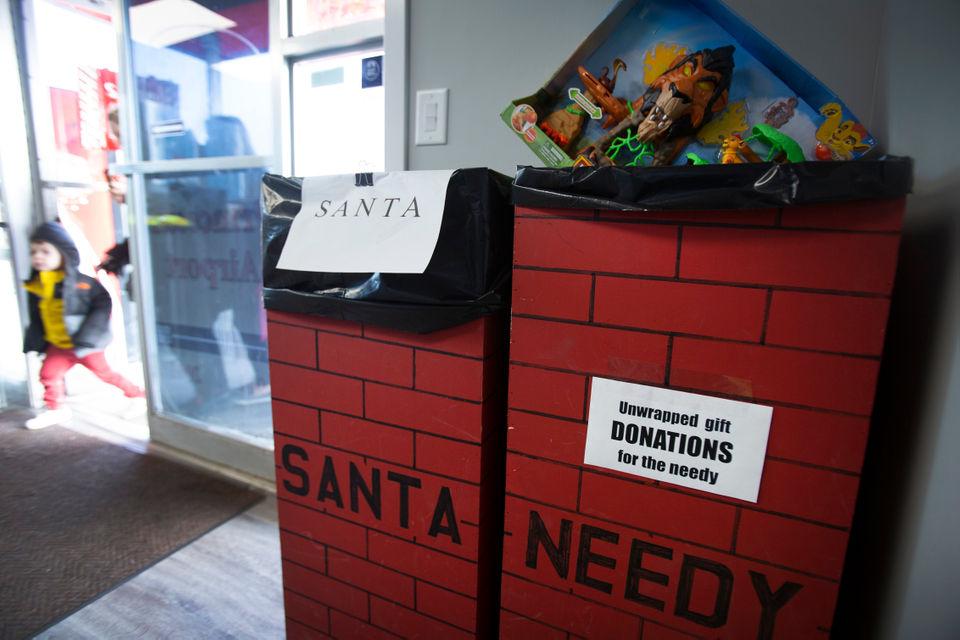 Santa Flies Into Princeton Without Using Reindeer Nj Com