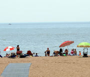 Love it or hate it, hot weather ahead on Staten Island: What to know about approaching heat wave