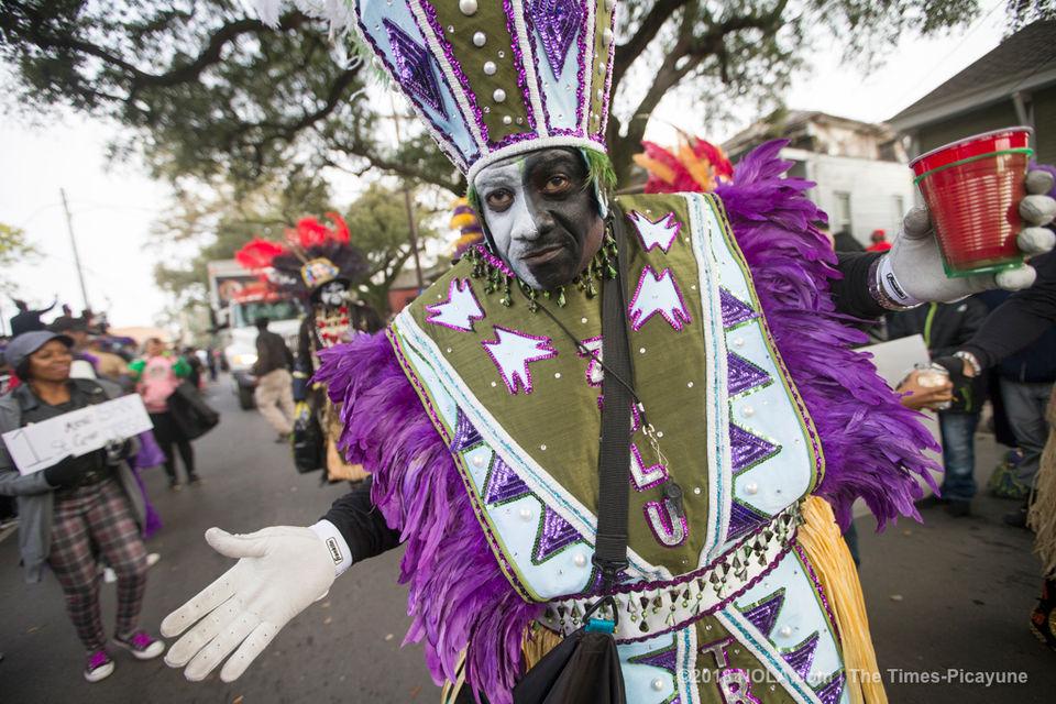 Mardi gras 2018 mardigras zulu rolls through uptown on mardi gras 2018 see photos m4hsunfo