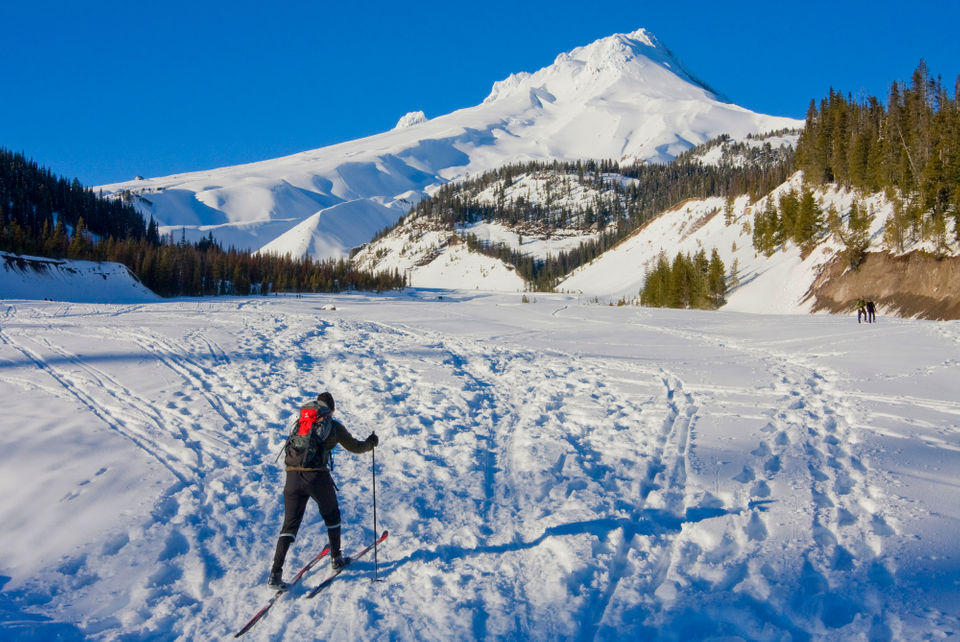 25 places to play in the snow on mount hood oregonlive com