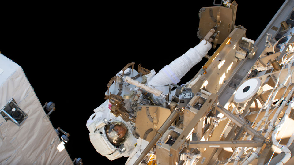 Michigan astronaut shares video of moon dancing along the day/night line from space