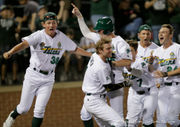 Tulane baseball coach makes right call for comeback against LSU