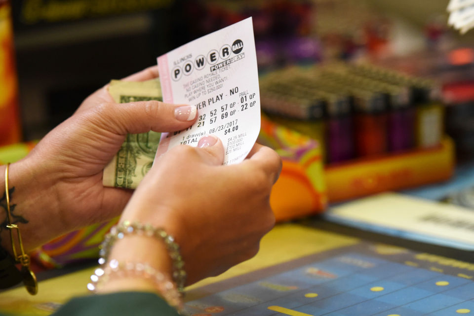 768m Winning Powerball Ticket Sold In Wi See Smaller Prizes Won In