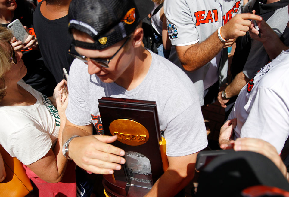 Oregon State Beavers celebrate baseball national championship at Pioneer Courthouse Square