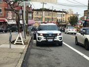 NYPD: 2 masked gunmen allegedly rob Tompkinsville deli