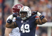 Darrell Williams returns as Auburn's strong-side linebacker