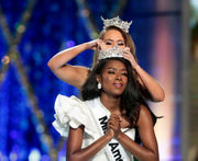 Miss America 2019: Miss New York wins first swimsuit-free pageant