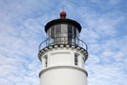These 12 Oregon lighthouses still stand tall