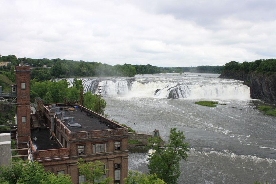 Upstate NY waterfall rivals Niagara Falls, but you've