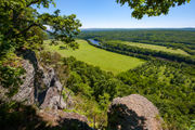 8 great summer hikes with waterfalls and sweeping vistas in the Delaware Water Gap