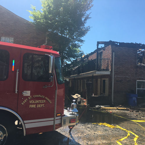 5-alarm fire destroys Destrehan apartments