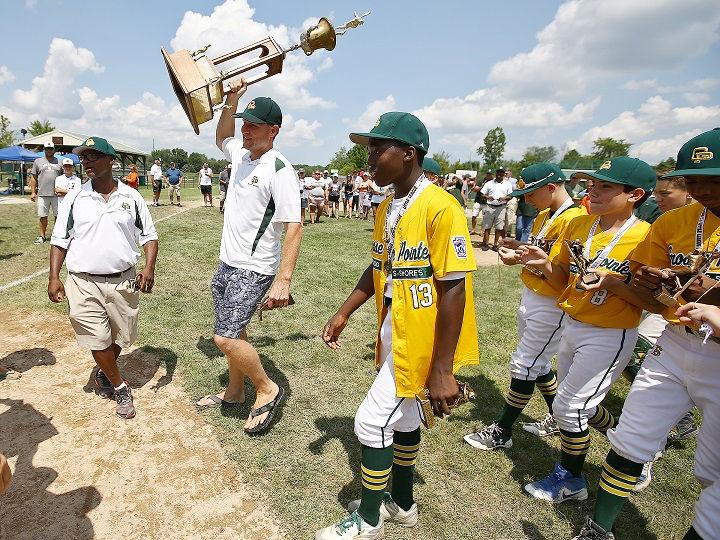 Michigan champs get big-league treatment at Little League