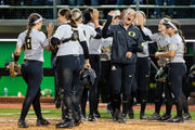 Oregon Ducks top Kentucky Wildcats to force Game 3 of NCAA softball super regional