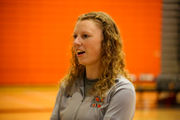 This team is rallying around their volleyball coach, battling cancer (PHOTOS)
