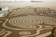 'Circles in the Sand' inspires crowds on the southern Oregon coast