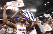Who Bruce Pearl, Auburn players believe should be SEC Player of the Year