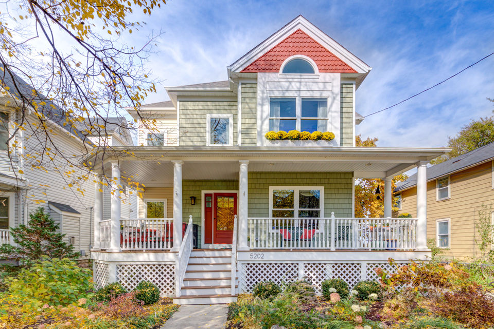 Detroit-Shoreway Victorian comes with lake views, elevator: House of the Week