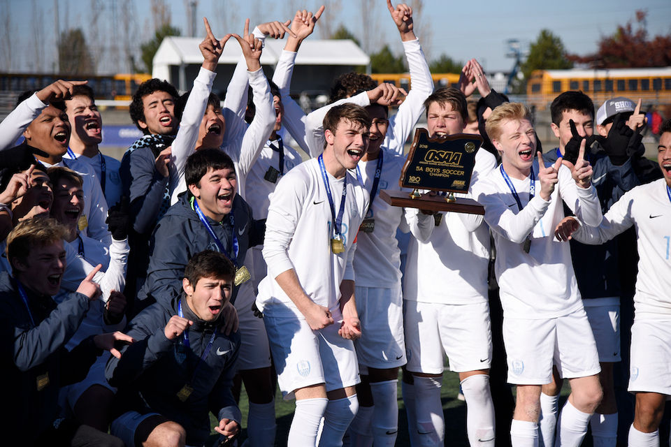 5A Boys Soccer Championship Edgar Monroys OT Goal Lifts Corvallis Over Top Seeded La Salle Prep