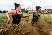 Mud-covered competitors traverse 18 obstacles at fifth annual FrankenMüdder