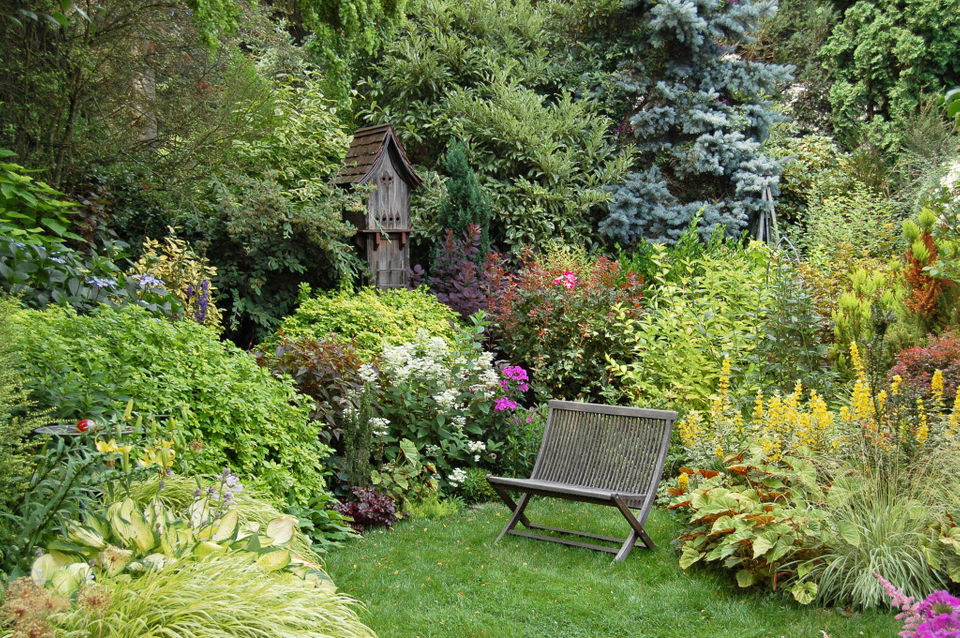 New book is an essential guide for Northwest gardeners: The Pecks ...