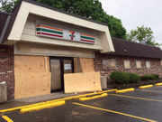 7-Eleven closes Syracuse stores as it expands in burbs