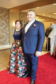 North Olmsted High School celebrates 2018 prom at La Centre (photos)