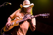 Allman Brothers legend Dickey Betts to undergo brain surgery