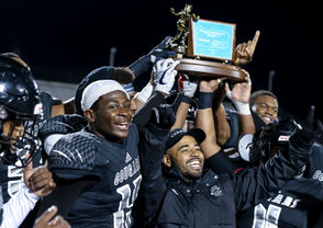 Harrisburg defeated Central Dauphin 16-6 in the D3-6A championship game at Landis Field, Saturday, Nov. 17, 2018.