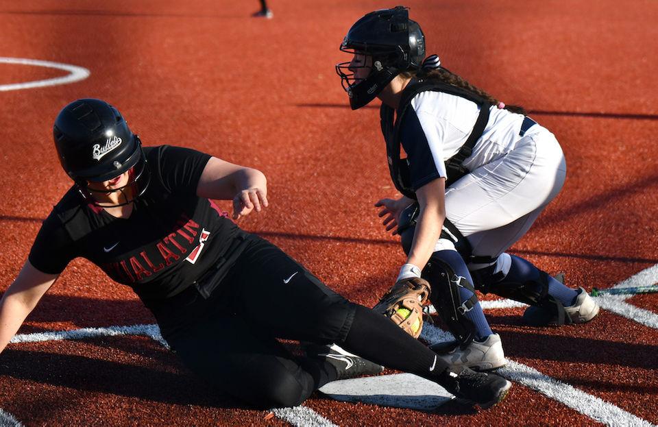 Oregon high school baseball, softball quarterfinals: Friday's winners, highlights, stars