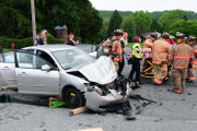 2 injured in Route 57 crash in Warren County