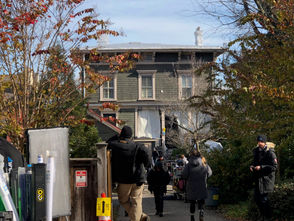 """STATEN ISLAND, N.Y. --The FOX series """"Gotham,"""" which recently announced that the upcoming season will be its last, was spotted filming Wednesday morning on Staten Island. Sources with knowledge of the production say the historic Boardman-Mitchell House in Stapleton is being used as a backdrop in the series finale."""
