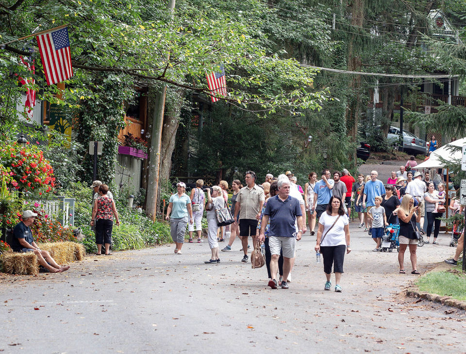 The Mount Gretna Outdoor Art Show was held on Saturday, August 18, 2018.