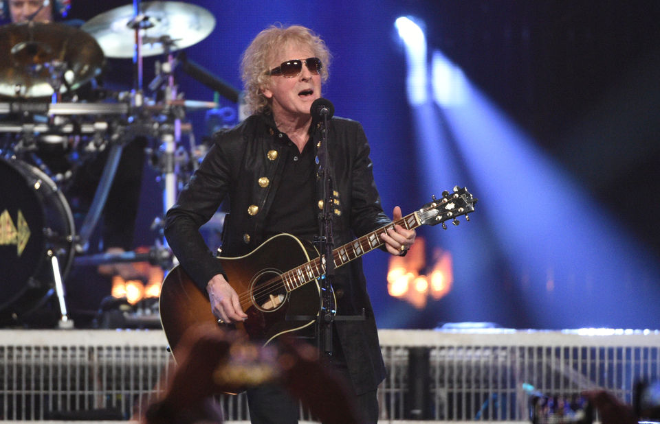 Today's famous birthdays list for June 3, 2019 includes celebrity Ian Hunter