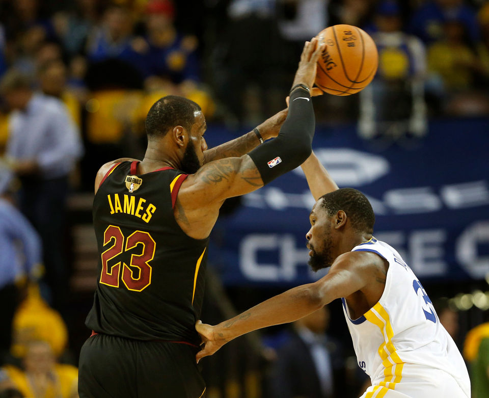 In opener, Cleveland Cavaliers paid the price of
