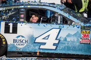 6-year-old Keelan Harvick steals spotlight after dad dominates MIS NASCAR race